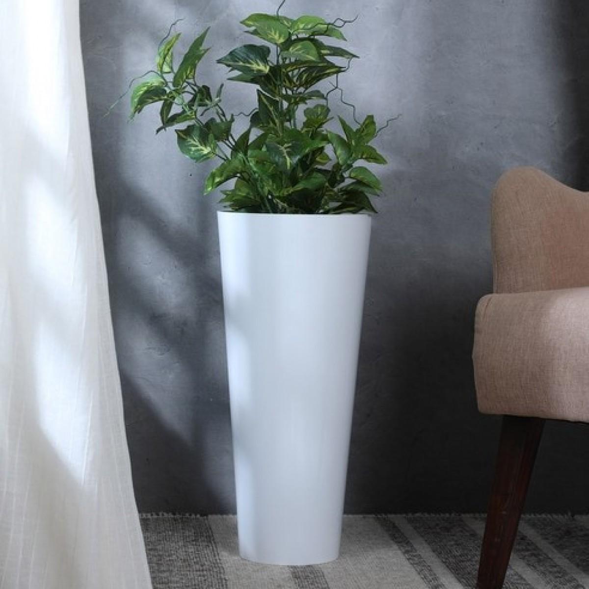 5127 Conical White 17x35cm Acrylic Vase - 1 No